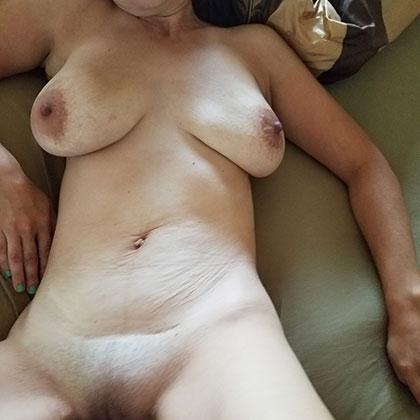 Äldre kvinna söker älskare