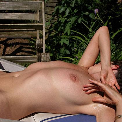 hitta nakna damer i kökar som vill bli knullade var man hittar en sexdejt i botkyrka